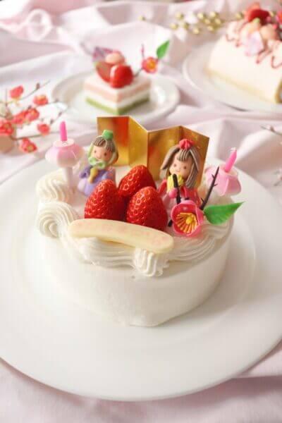 ひなまつりはケーキでお祝い!予約受付中