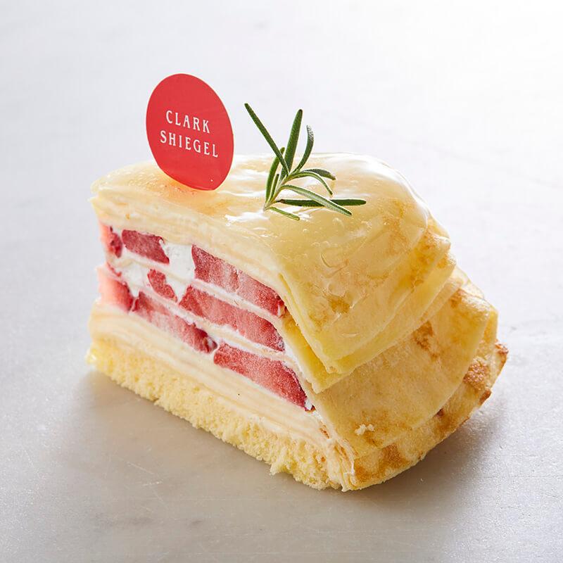 あまおうのミルクレープ【季節限定】3月~5月中旬頃販売
